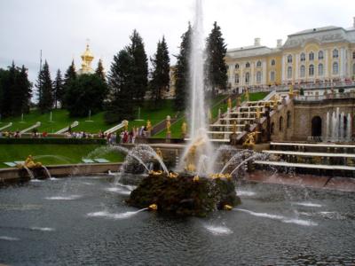 Peterhof Palace The most beautiful palace in the world